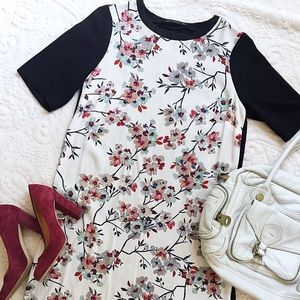 NEW LISTING || Zara Woman Floral Dress