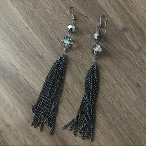 Jewelry - Gun metal dangling duster earrings