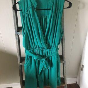 Dresses & Skirts - Teal V-Neck, Sleeveless Dress. Belted.