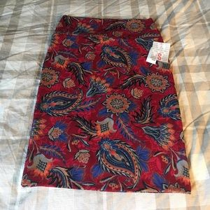 Lula Roe Cassie skirt size small