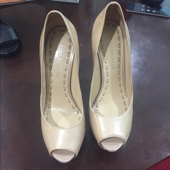 0de4b76a2db Enzo Angiolini Nude Patent Leather Heels size 5.5