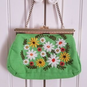 RARE VINTAGE NEEDLEPOINT PURSE with gold latch