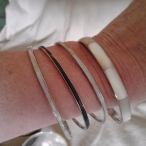 Jewelry - Vintage Shell Bangles,  bundle of 4