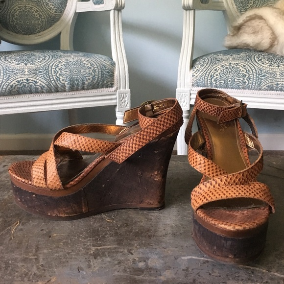 Fergie Dietra Thrush Brown Suede Platform Wedge Ankle Strap Sandals