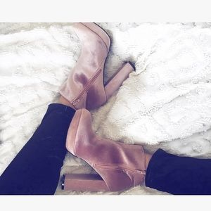 Shoes - Velvet pink ankle boots
