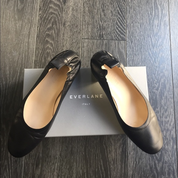 6a483ccd16c Everlane Shoes - Everlane Day Heel in Black-Size 7