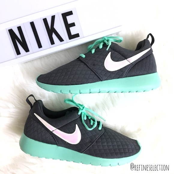 bad93e41795d 6c09b 21a90  new zealand nike roshe one se mint green grey quilted sneakers  693f4 aae9d