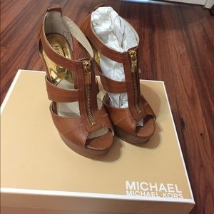 Brown Michael kors heels