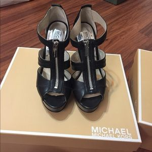 Black Michael kors heels