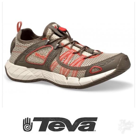e55e016588ce0 Women s Teva Churn Water Shoes Sz 7. M 59a559f5713fde2f2900701d