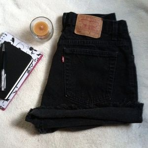 Levi's high waist cutoff Jean shorts Size 12