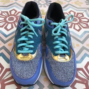 NIKE AIR MAX 1 sneaker tennis shoe athletic size 8