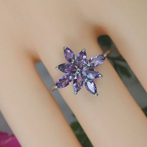 Jewelry - Genuine amethyst on 925 sterling silver ring