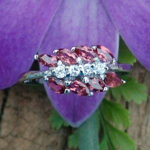 Jewelry - Genuine garnet on 925 sterling silver ring