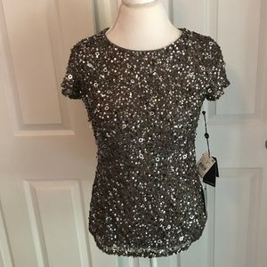 Clearout NWT Adrianna Papell Sequined top