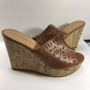 Mudd Shoes - SALE❗️Mudd Cork Wedge Shoes Size 10M Brown