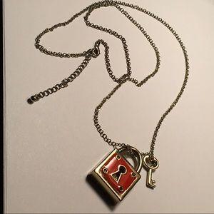 Jewelry - 🌹🌹Lock and key necklace🌹🌹