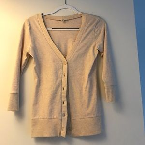 Sweaters - oatmeal 3/4 length sleeve cardigan