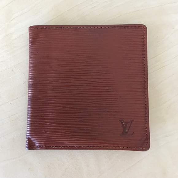 7fa4aedfea38 Louis Vuitton Other - Louis Vuitton men epi leather wallet tan brown LV