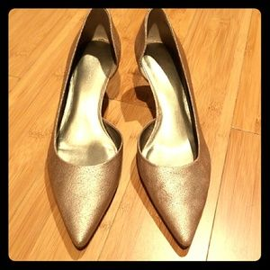 Nine West Nwka Trin Gold Leather Shoes size 6 1/2