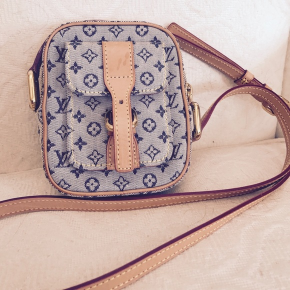 Louis Vuitton Handbags - Louis Vuitton Juliette Pm Mini Lin Denim Pochette cb005ea2cda38