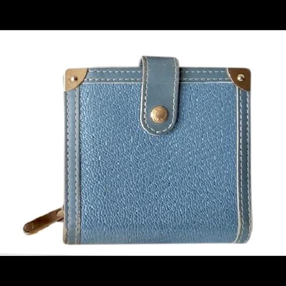 cd2fe451e71e Louis Vuitton Handbags - Louis Vuitton Suhali💙bifold. 🎉Price is a Steal.