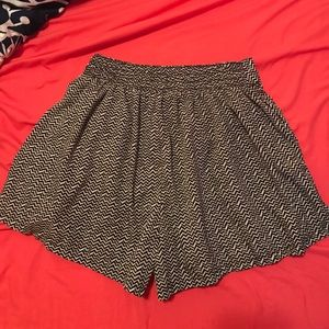 American Eagle Outfitters Shorts - AE: Chevron Strip Flowy Shorts with Pockets