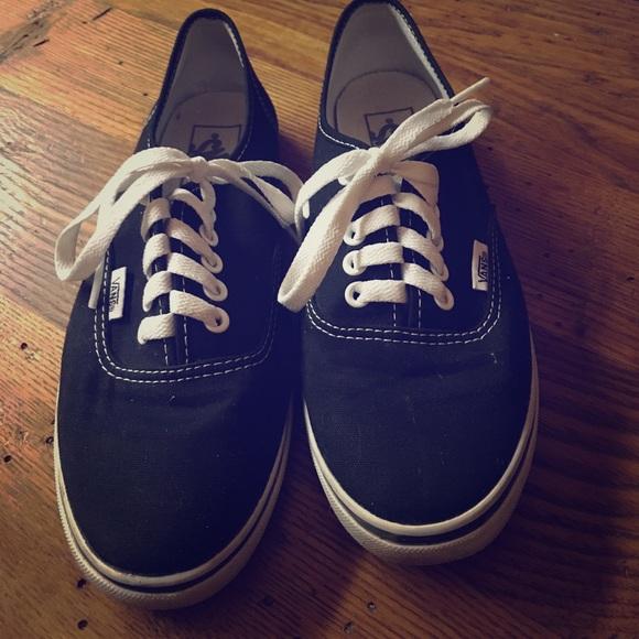 48581af678dd38 Black Van Lo-Pro Shoes. M 59a377367fab3a4a7b083320