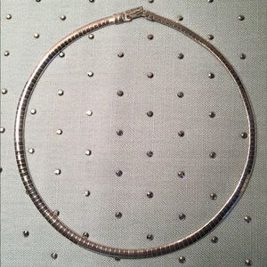 Jewelry - Silver Omega Necklace