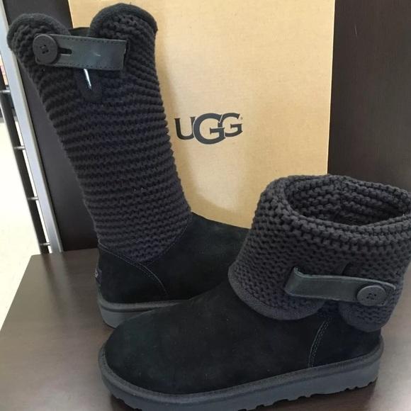 0e47837e9a4 Brand new classic Ugg Shaina black Suede boots❤️ NWT