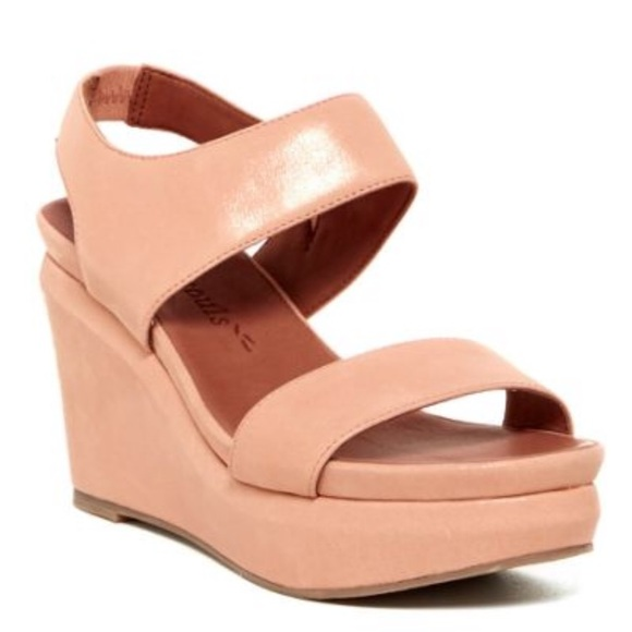 Gentle Souls wedge sandals