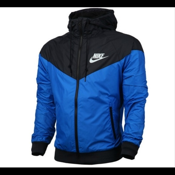8856371a9624 Nike Windbreaker Jacket Blue   Black. M 59a455c87f0a053e720a85ae