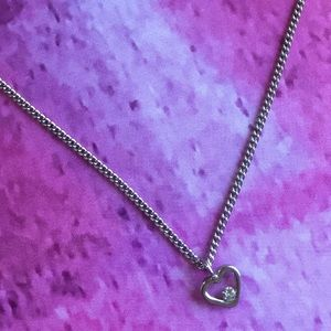 Jewelry - Delicate Silver Heart Necklace