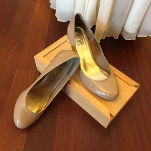 Mix No6 Creamy Taupe Patent Leather Size 8