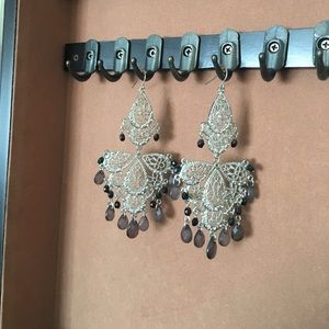 Jewelry - Fancy silver earrings