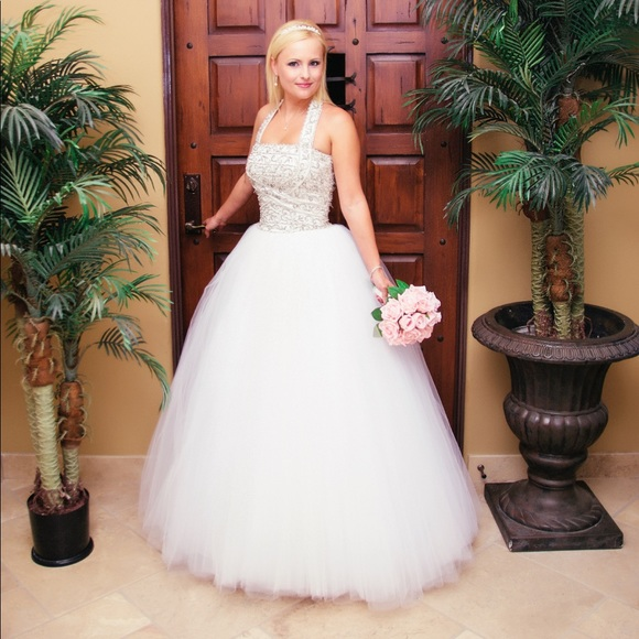 Scaasi Strapless Wedding Dresses