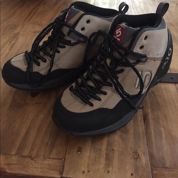 Five-ten exum guide boots – fresh air junkie.