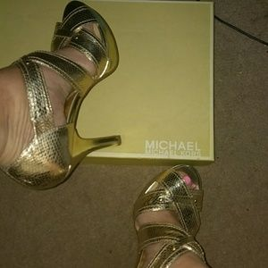 Shoes - Michael Kors Penelope XStrap EMBOS