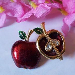 Exqusite VTG Apple Brooch