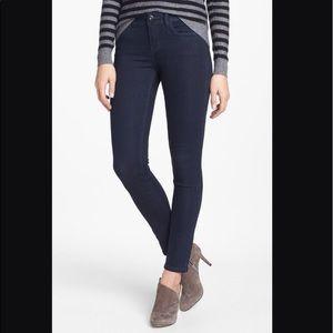Like New Kensie Skinny Ankle Biter Jeans size 25