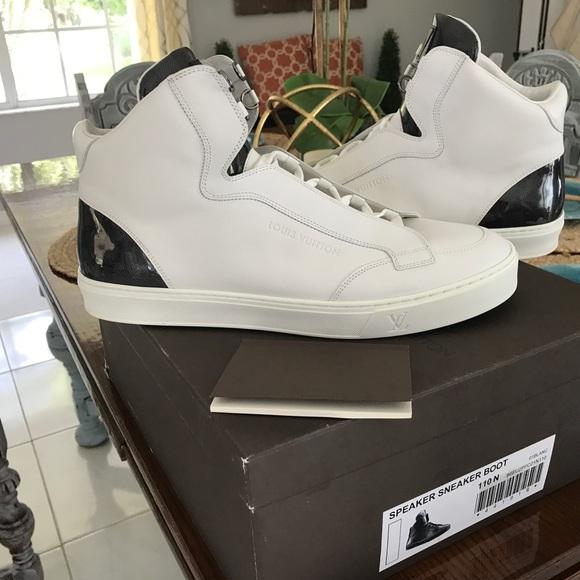 753942b5fcb 🔥 Authentic Louis Vuitton Sneakers (men's) 🔥
