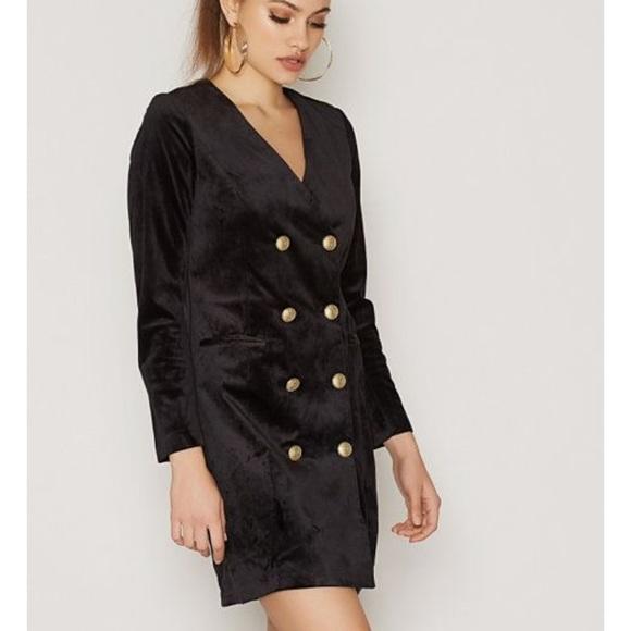 04b546d75441 Vero Moda Black Velvet short dress euro size 36