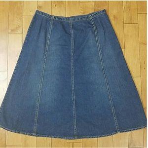 🔆 NWOT Liz & Co Denim Skirt