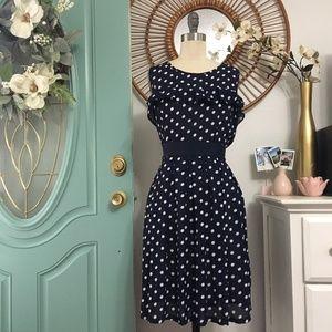 Dresses & Skirts - ✨👇🏻 💕PRICE DROP 💕👇🏻 Navy Dress