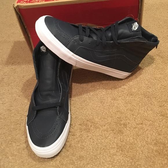 18e3842f23 Premium Leather SK8Hi Reissue Zip Vans