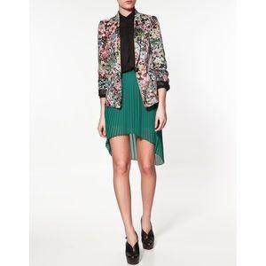 RARE•ZARA• silky floral blazer