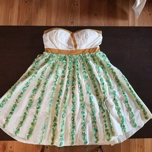 Dresses & Skirts - Strapless floral summer dress green, brown white
