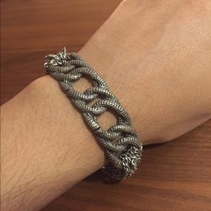 Jewelry - Knot rock and roll silver chain stretch bracelet