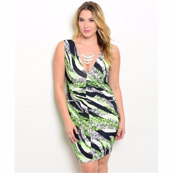 2d9252fce0c (Plus) Curvy Body Con V Neck Midi Dress   Tunic