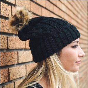 Accessories - ✨LAST ONE!!✨ Cable Knit Pom Pom Beanie